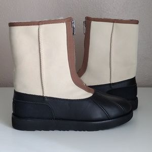 Ugg Men's Classic Short Duck Boots New In Box